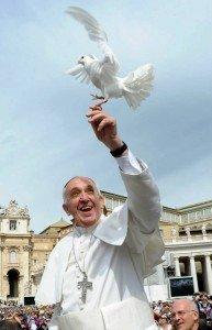 Clin d'aile de l'Esprit Saint dans Christ image001-le-pape-francois-193x300